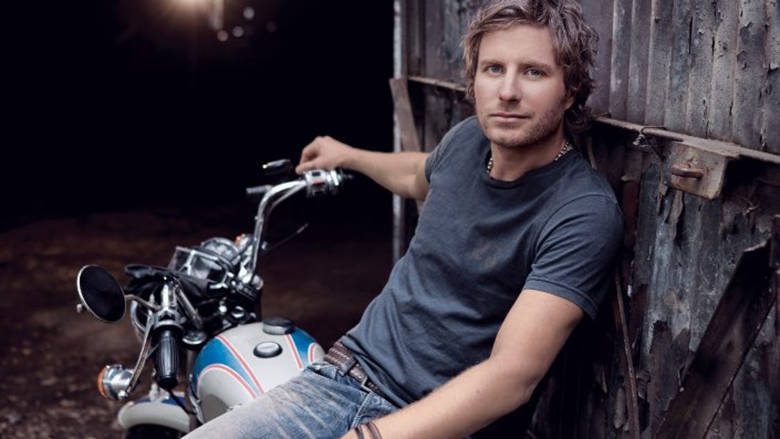 dierks singles Dierks bentley biography  the title track and the single sideways earned him another pair of no 1 hits up on the ridge followed in 2010.