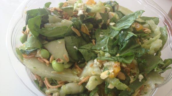 Lunch report chopped salads at verde for Vers de salade