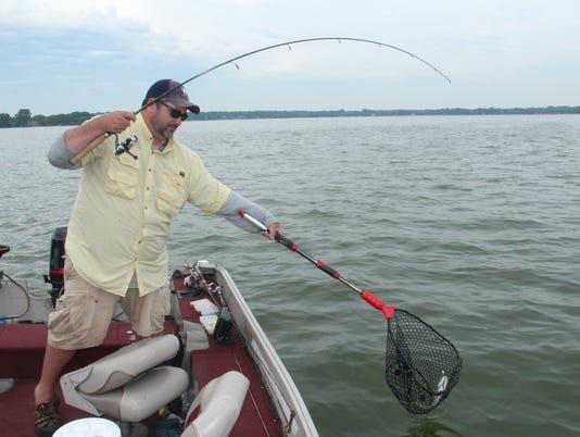 636392559947669848-Eclipse-fishing-1.jpg
