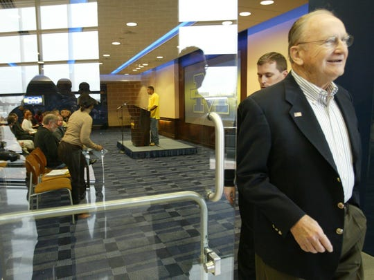 Former Michigan football coach Bo Schembechler leaves a press conference after talking to the media on November 13, 2006 at the Junge Family Champions Center on the campus of U-M before the big game between Michigan and Ohio State.