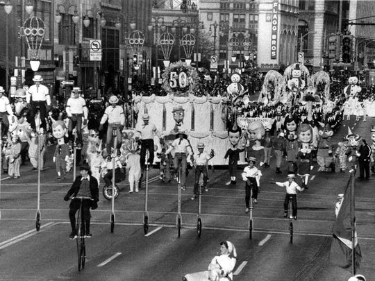 A wide-angle shot down Woodward in 1976 during the 50th Anniversary of the J.L. Hudson Thanksgiving Day Parade in Detroit.
