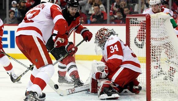 Detroit Red Wings goaltender Petr Mrazek (34) makes