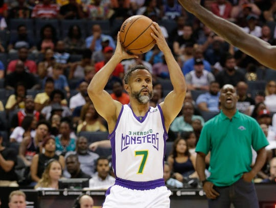 Nuggets point guard Mahmoud Abdul-Rauf in action in