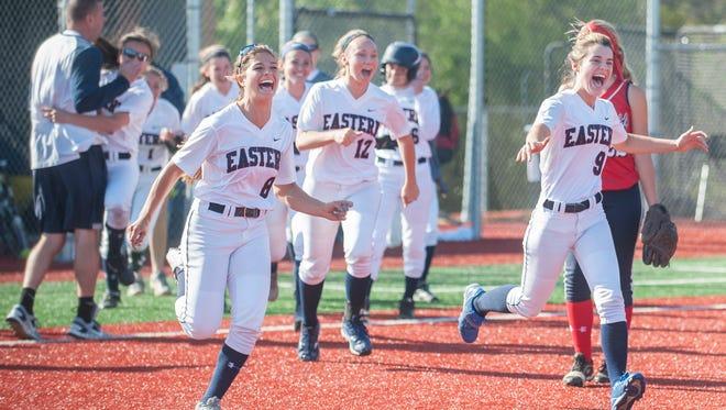 Varsity Softball:  Eastern vs. Washington Township   05.16.16