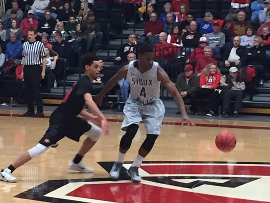 St. Cloud State freshman Gage Davis goes for the ball