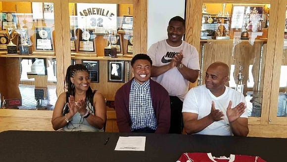 Asheville High's Corey Clement signed with Limestone
