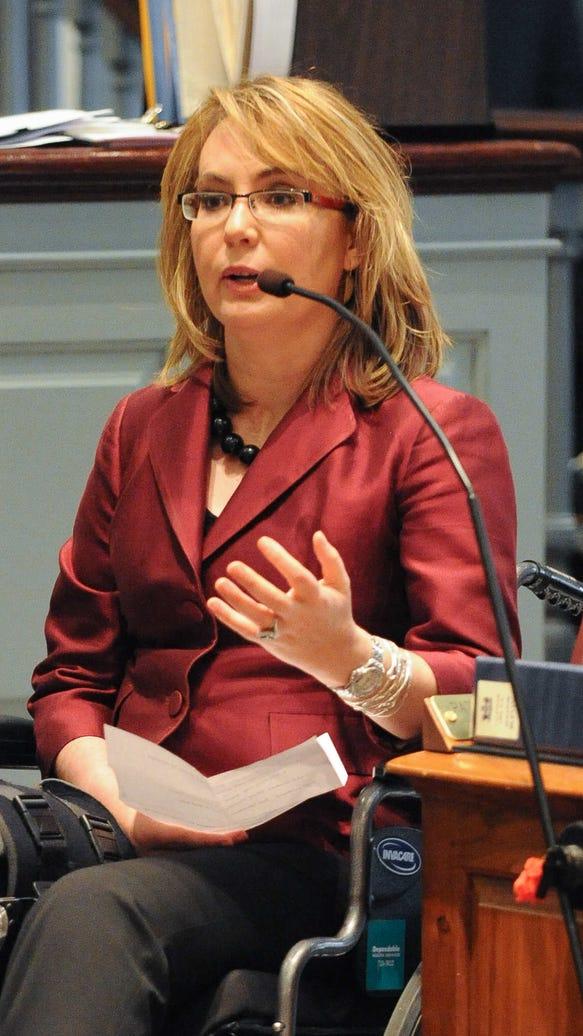 Former Arizona Rep. Gabrielle Giffords speak in front