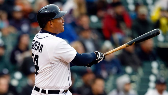 Miguel Cabrera became the ninth player to reach 2,000 hits before his 31st birthday.