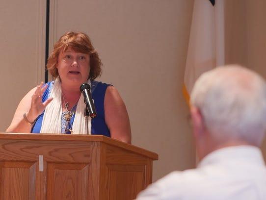 Robin Higgins facilitated a mini-workshop on journaling,