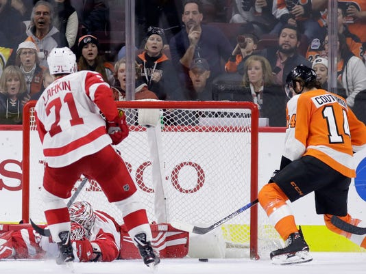 AP RED WINGS FLYERS HOCKEY S HKN USA PA