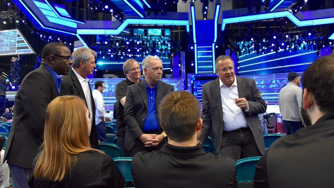 Academy of Country Music CEO and MTSU alumnus Pete Fisher, standing at right, holds a class Sunday, April 15, 2018, for five students from MTSU's Department of Media Arts on the floor of the ACM Awards show at the MGM Grand Hotel and Casino's Grand Garden Arena in Las Vegas. From left, facing camera, are MTSU President Sidney A. McPhee, Media Arts Chair Billy Pittard, Media Arts professor Bob Gordon and College of Media and Entertainment Dean Ken Paulson.