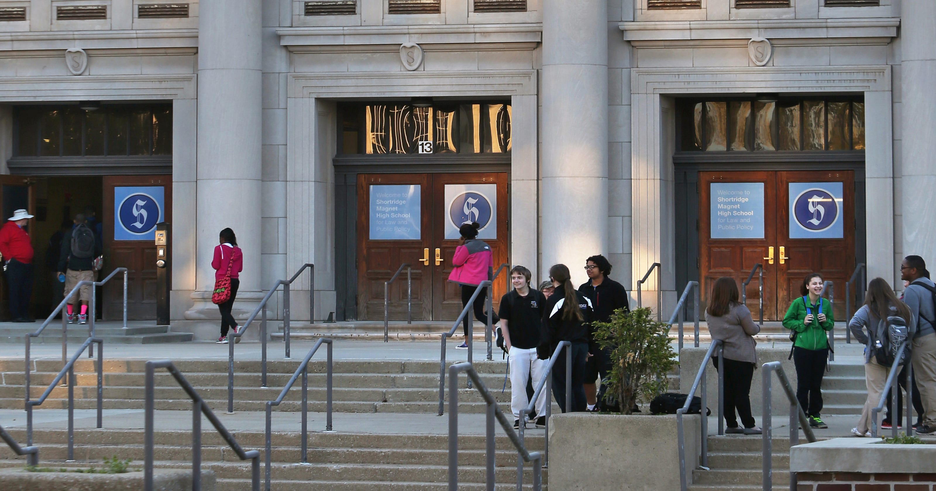 Family sues IPS for 'deceptive' marketing of Shortridge High School