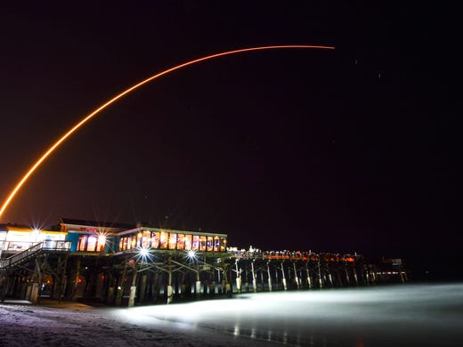 A United Launch Alliance Atlas V-missile launches [19659026] Buy photo </span></p> </div> </div> <div class=