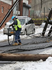 Consolidated Edison workers begin their work Thursday