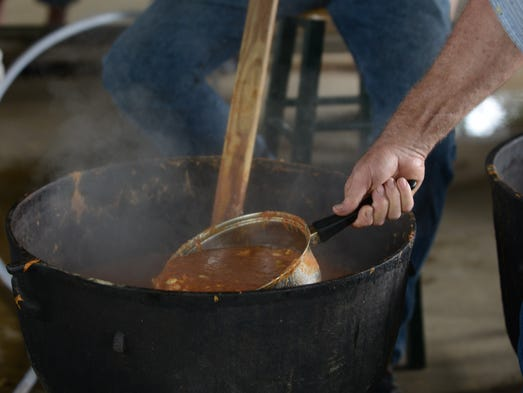 The Browns Ruritan Club Labor Day Stew and Barbecue Chicken Sale was held this Saturday at Browns United Methodist Church in Jackson.