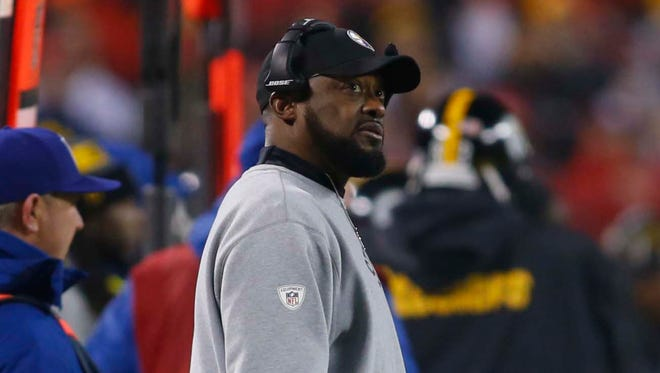 Pittsburgh Steelers head coach Mike Tomlin looks on during the second quarter against the Kansas City Chiefs in the AFC Divisional playoff game at Arrowhead Stadium.