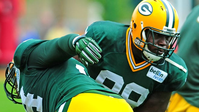 Green Bay Packers defensive tackle Letroy Guion.
