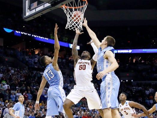 Kentucky Ends Wichita State's Unbeaten Run, Advances To