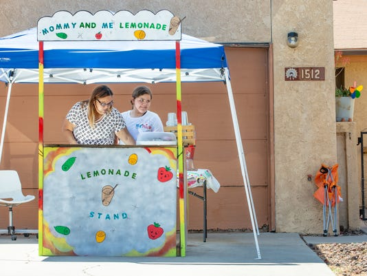 1- 050518-Lemonade Stand