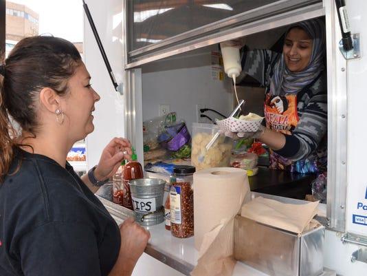 636614707841103539-Food-truck-1.JPG