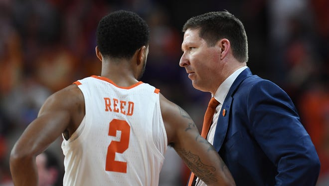 Clemson head coach Brad Brownell coaches guard Marcquise Reed (2) during the 2nd half on Sunday, February, 18 2018, at Clemson's Littlejohn Coliseum.