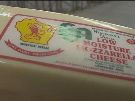 1387257784000-Cheese
