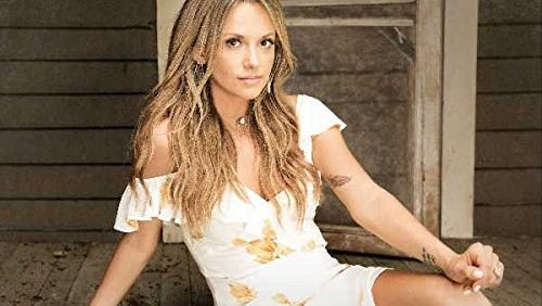 Every Little Thing — Carly Pearce
