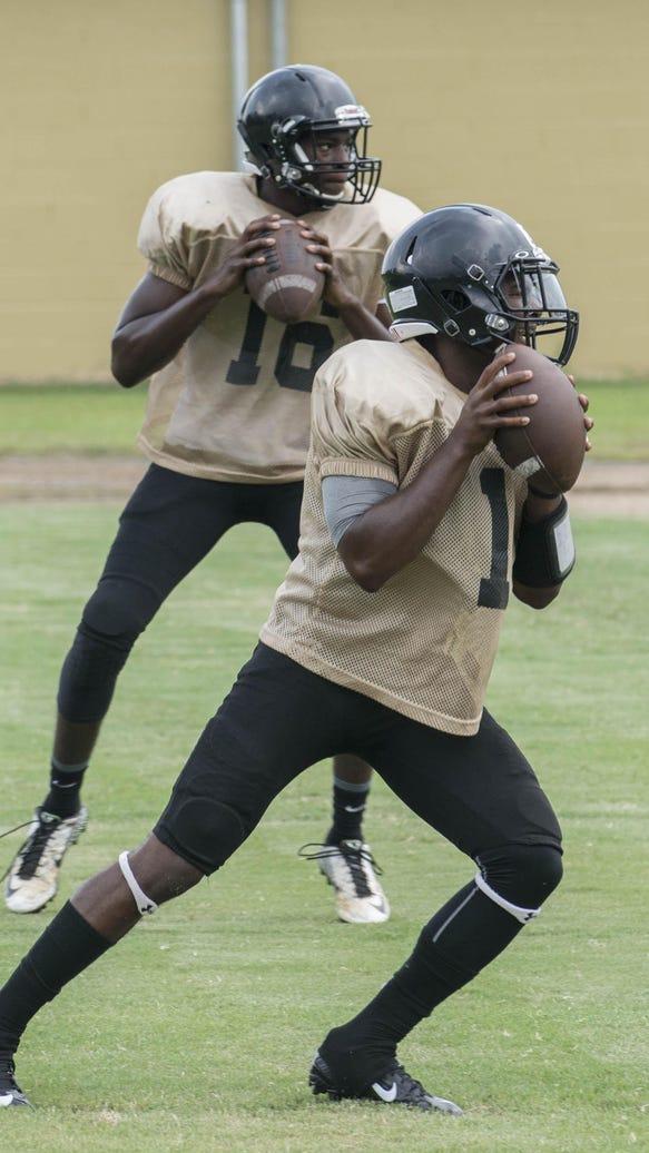 Wetumpka quarterbacks Deandre Ezell and Keldon Washington
