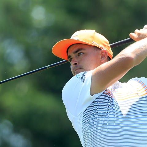 POTOMAC, MD - JULY 01:  Rickie Fowler hits off the second tee during the final round of the Quicken Loans National at TPC Potomac on July 1, 2018 in Potomac, Maryland.  (Photo by Sam Greenwood/Getty Images)