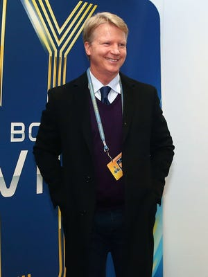 Phil Simms has spent nearly two decades with CBS.