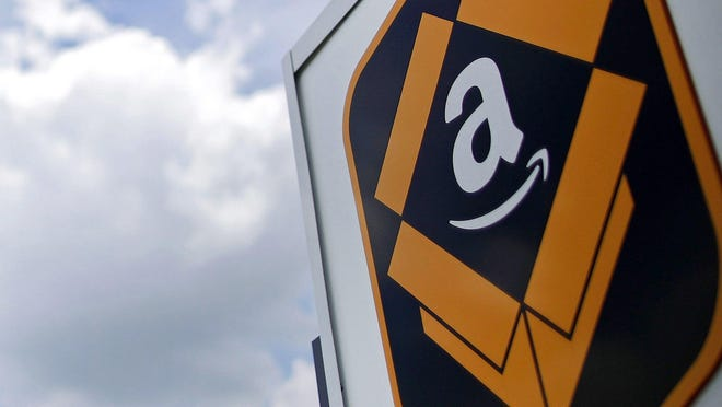 Proposed deal between Amazon and the U.S. Postal Service would be a moneymaker for the post office.