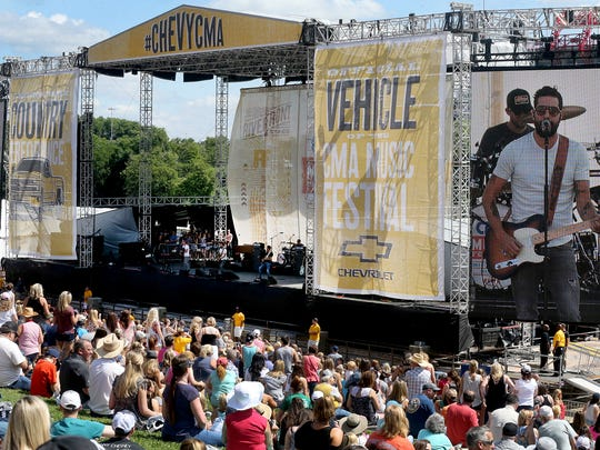 Old Dominion performs on the Riverfront Stage on the