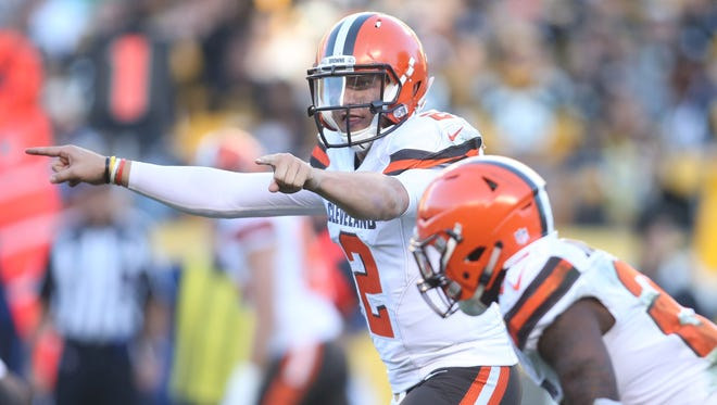 Browns QB Johnny Manziel (2) is 1-4 in five career NFL starts.