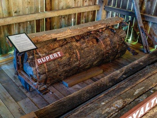 Rupert log roller