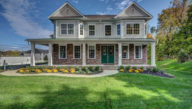 This B otticelli emodel is aavailable at Doyelstown Green and other K. Hovnanian communities.