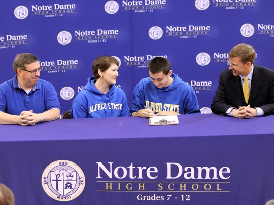 Notre Dame senior Matt Connolly signs to compete in