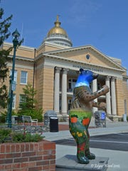 The Bearfootin' art project in downtown Hendersonville adds art to the streets and raises money for charity.