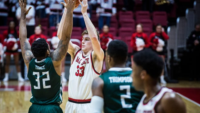 Ball State defeated Eastern Michigan at Worthen Arena Tuesday, Feb. 21, 2017.