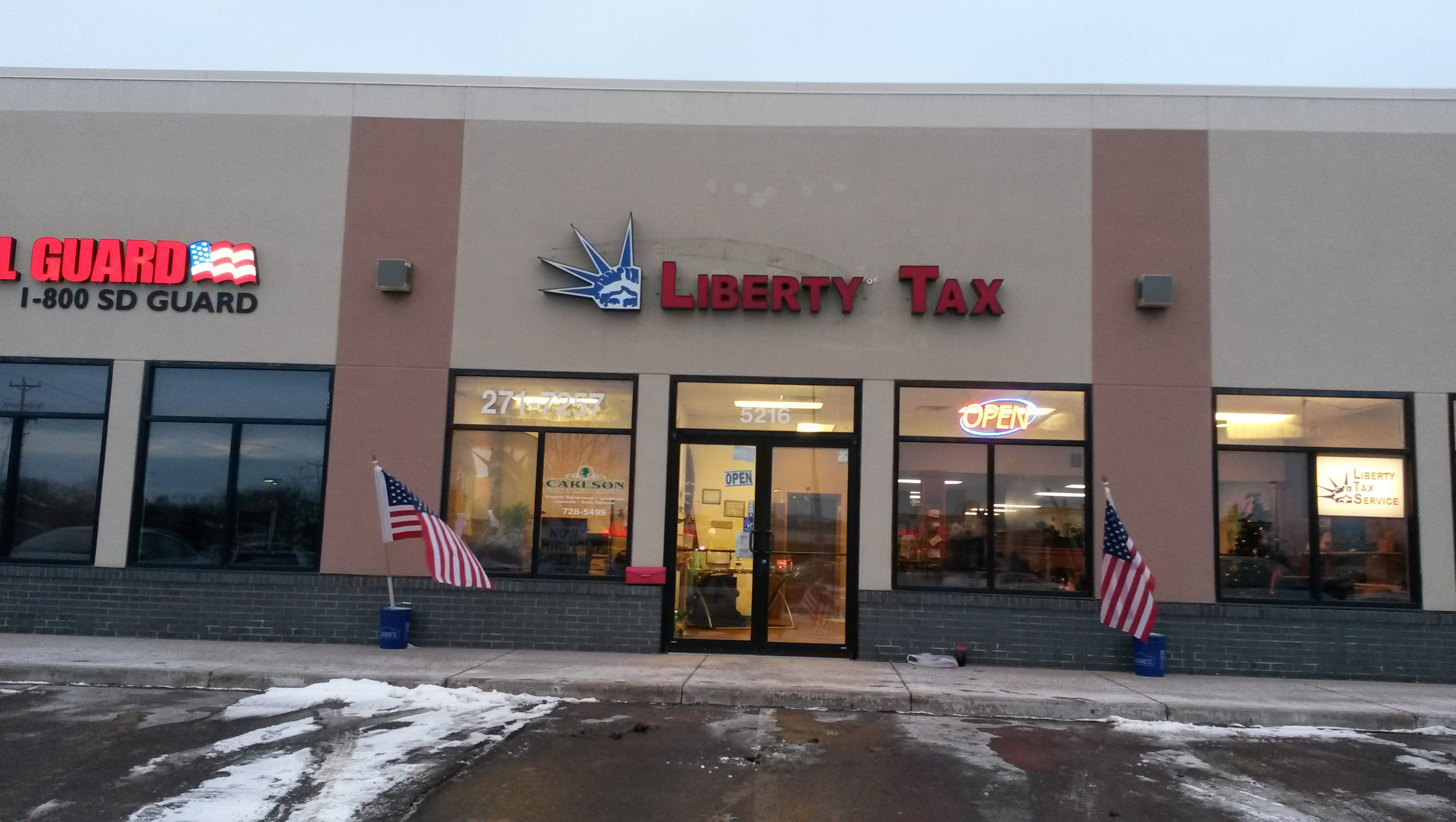 liberty tax office liberty tax service expands with two more offices 986