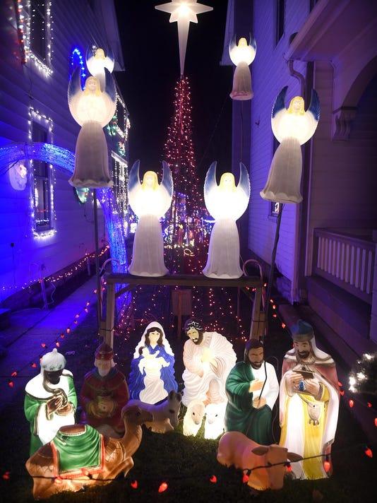 IMG_LDN_MKD_Christmas_Ju_1_1_C6CRC0G9.jpg_20151214.jpg
