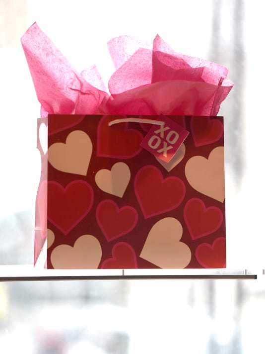 ldn-mkd-020618-valentine-candy-06.jpg