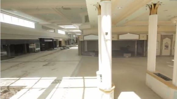 Biltmore Sq Mall decon