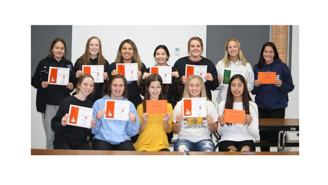 RIVER VALLEY WILDCATS tennis players from Sleepy Eye recently gathered to celebrate the 2020 season. Letter and participation certificates were presented. Front from left: Kaydince Thoms, Presley Dockter, Hana Zeig, Taylor Berkner, and Brissa Hernandez. Back: Jasmyne Windschitl, Brooklyn Moldan, Erika Lozano, Lexanna Lazatin, Megan Stevens, Maya Nelson, and Anna Rossbach.