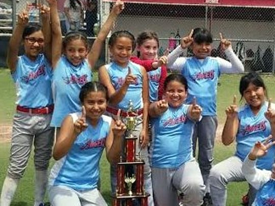 The Deming Angels of the Minor Division (ages 9-10)