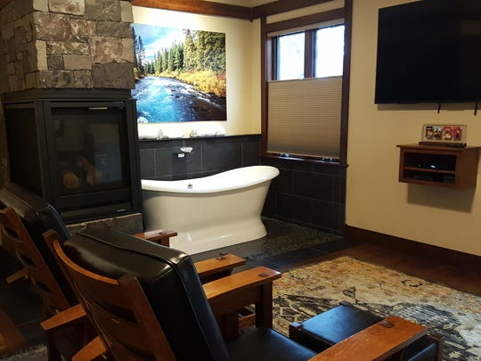 The Serenity Cabins at FivePine Lodge are luxurious.