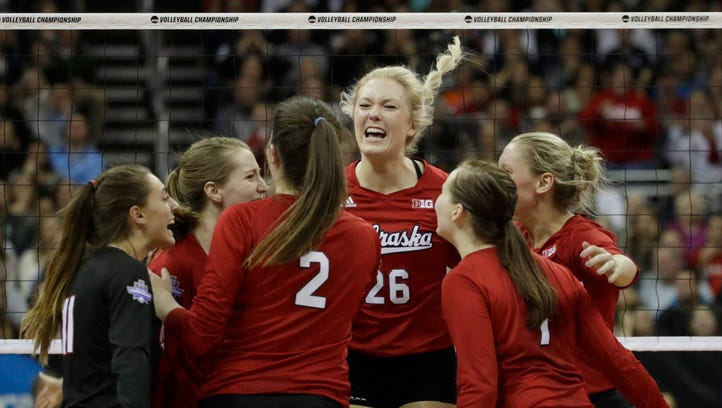Nebraska, Florida to play for volleyball national title