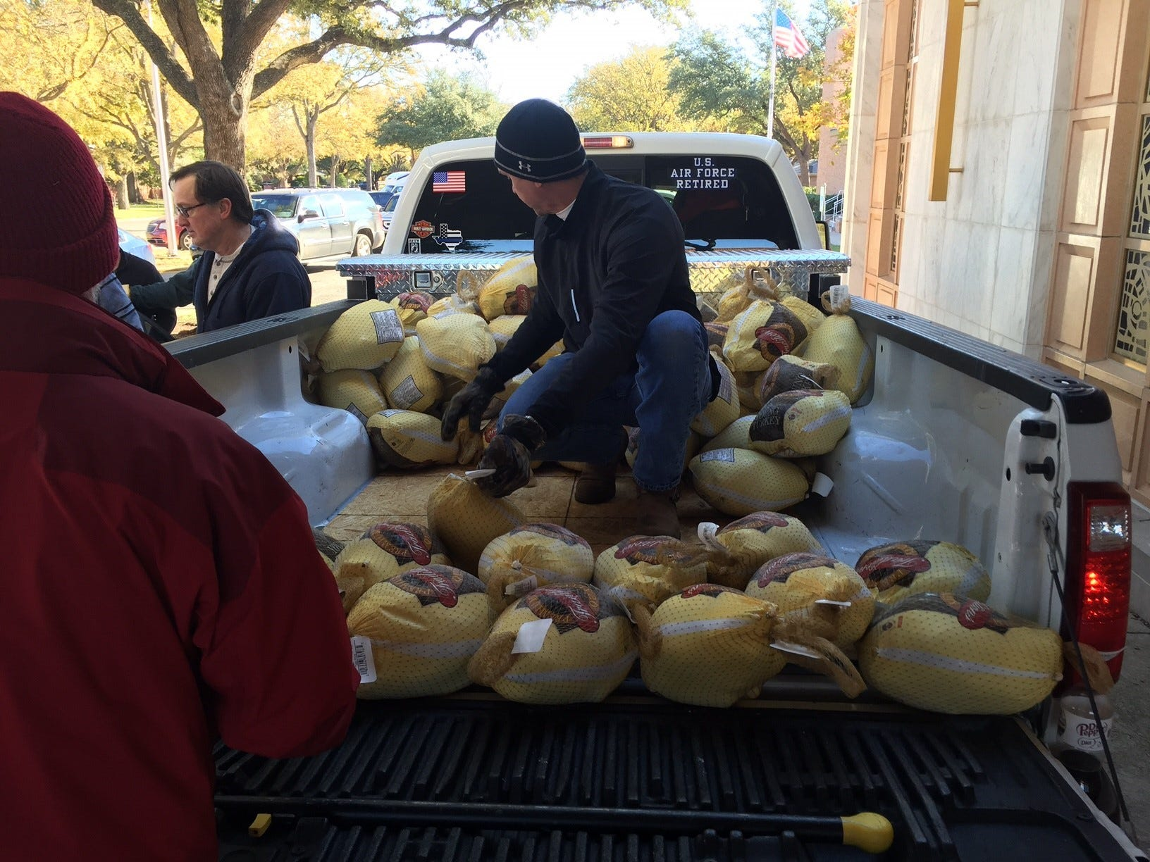 Thanksgiving food giveaways help wichita falls tx