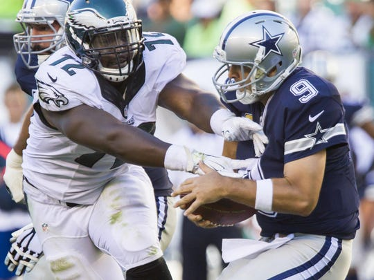 Eagles defensive lineman Cedric Thornton could miss at least one game after he suffered a broken hand against the Cowboys.