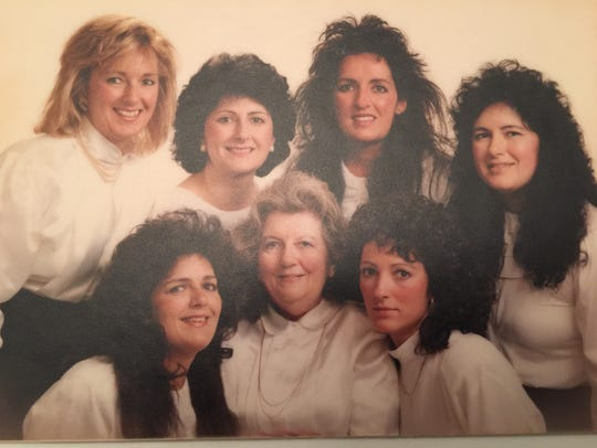 Mary-Clare Wahl and her six daughters.