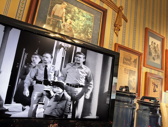 inside mayberry cafe